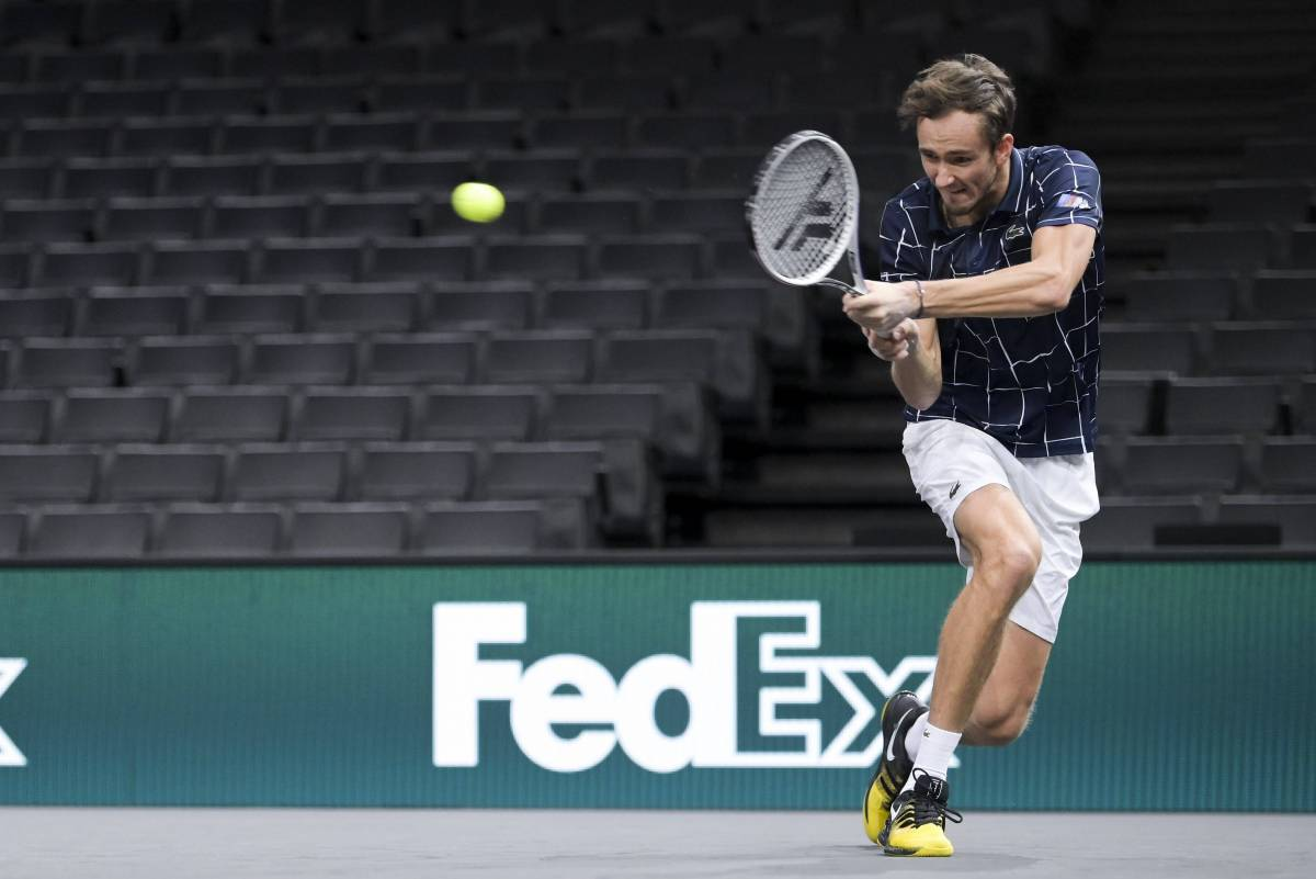Зандсхулп - Медведев: прогноз и ставка на матч 1-го круга US Open