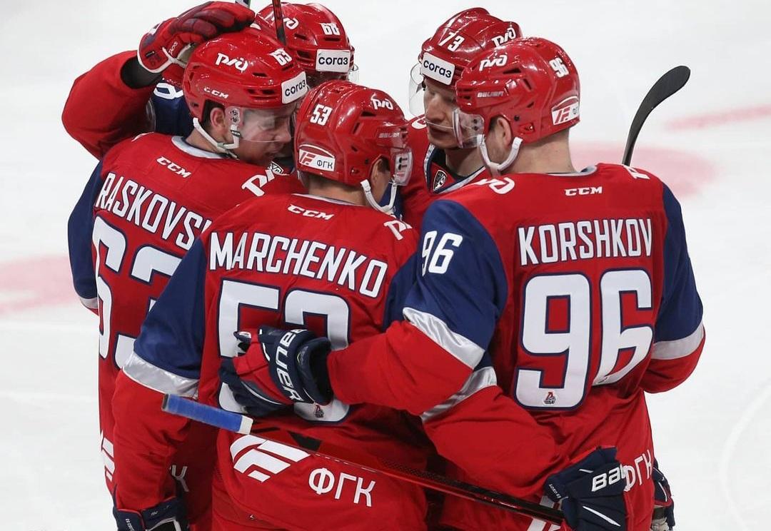 «Локомотив» - «Торпедо»: прогноз и ставка на матч регулярного чемпионата КХЛ