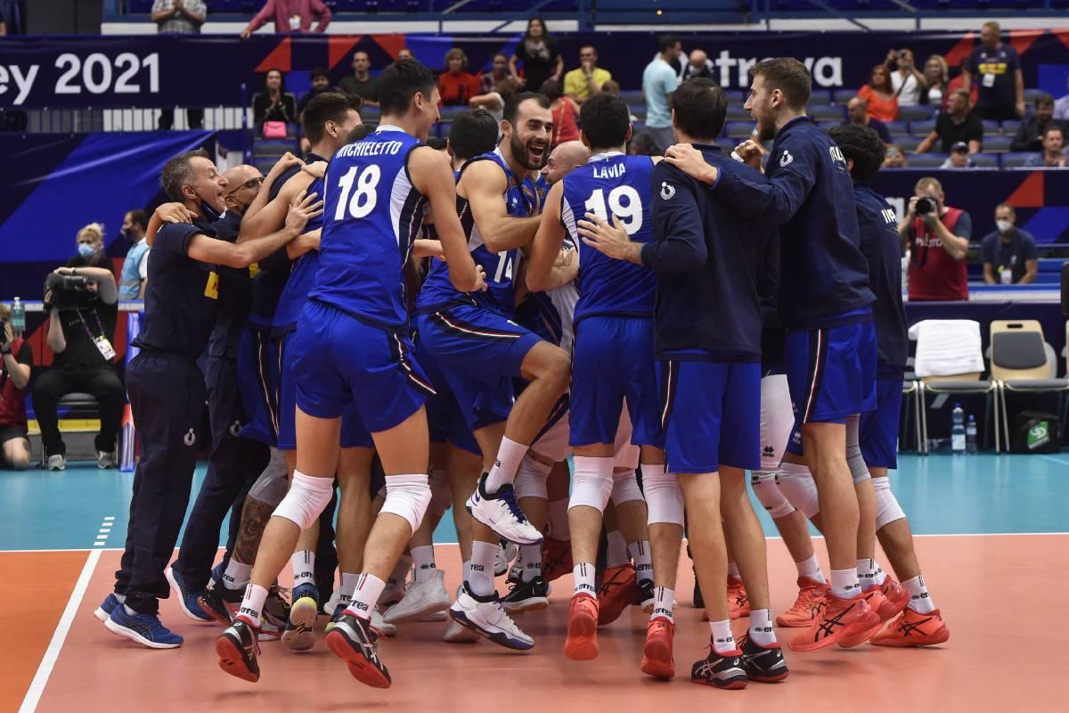 Сербия – Италия: прогноз на матч 1/2 финала мужского чемпионата Европы по волейболу