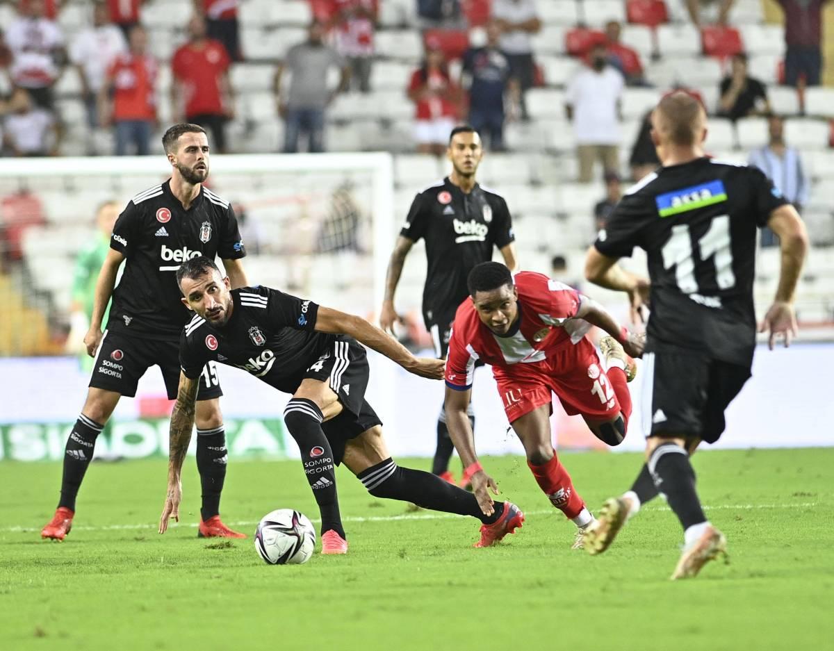 «Бешикташ» – «Адана Демирспор»: прогноз на матч чемпионата Турции