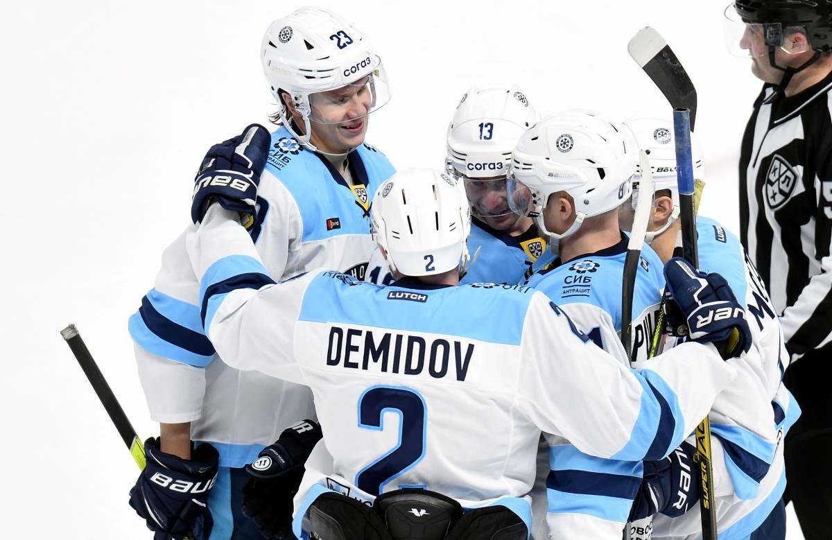 «Сибирь» - «Металлург»: прогноз и ставка на матч сезона КХЛ