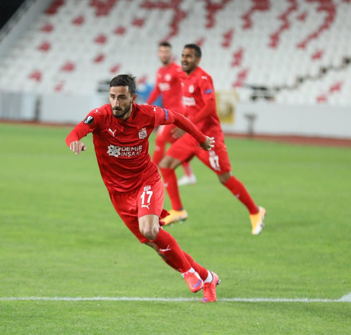 «Сивасспор» – «Фатих Карагюмрюк»: прогноз на матч чемпионата Турции