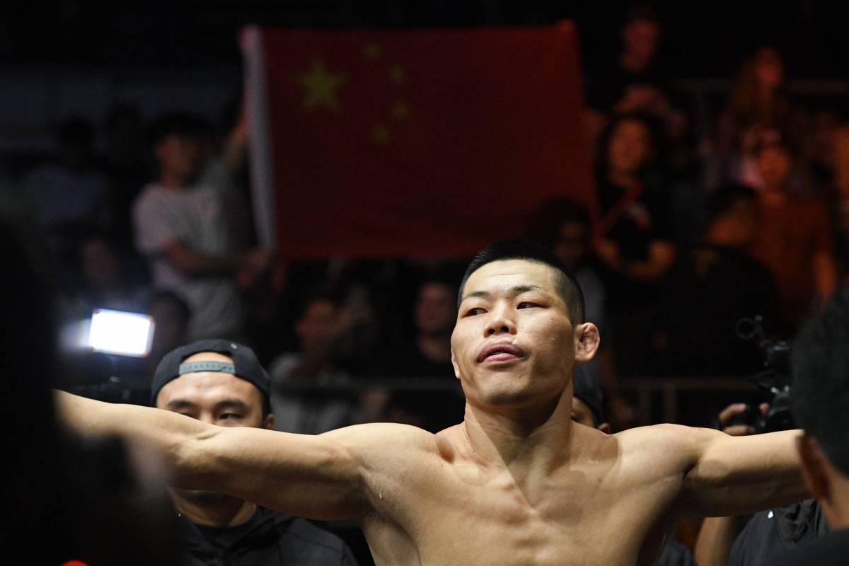Сантьяго Понзиниббио - Ли Джинглианг: прогноз на поединок UFC
