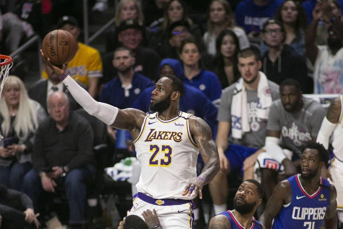 «Лос-Анджелес Лейкерс» - «Финикс Санз»: прогноз и ставка на матч НБА