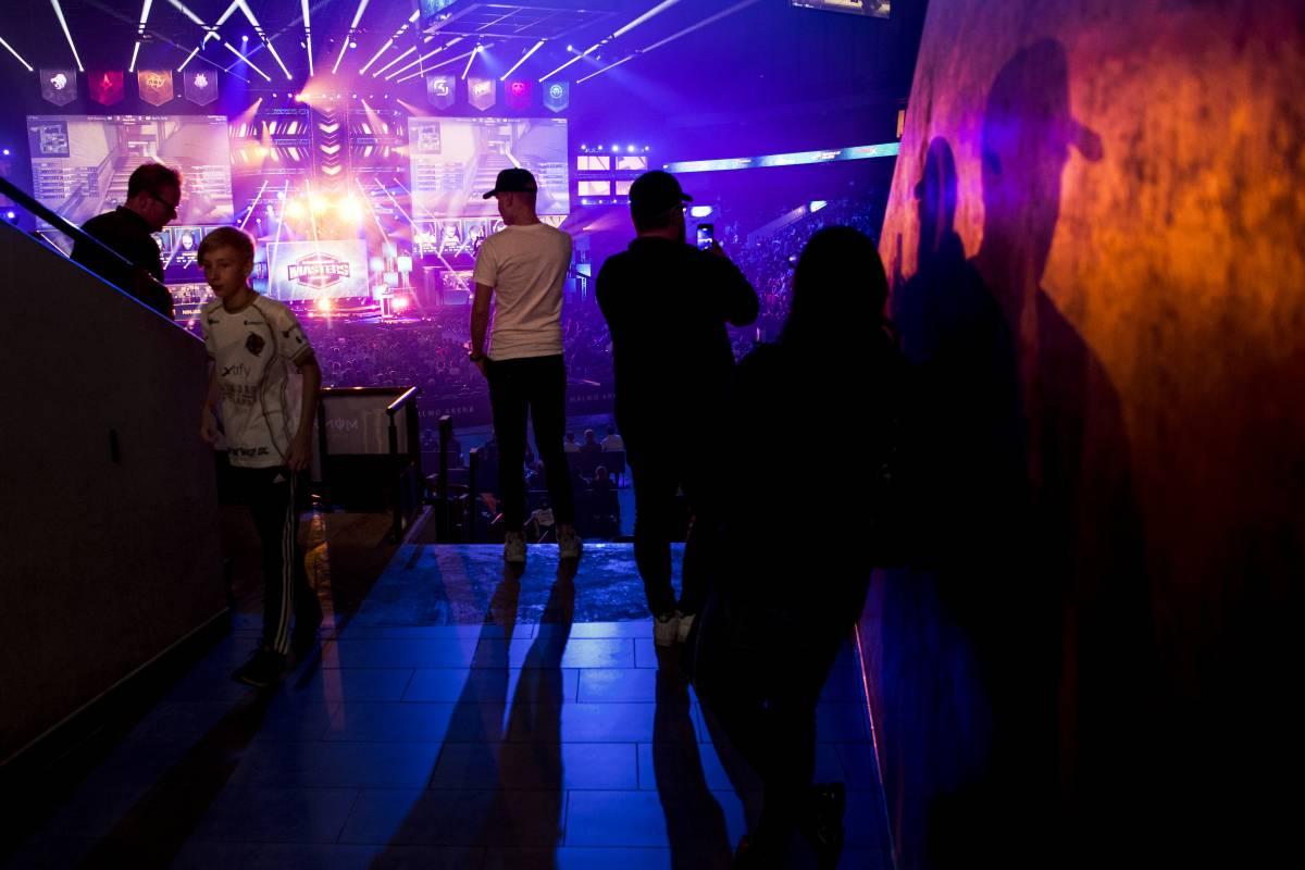 hREDS - Apeks: Прогноз и ставка на матч Pinnacle Cup 2021 по CS:GO